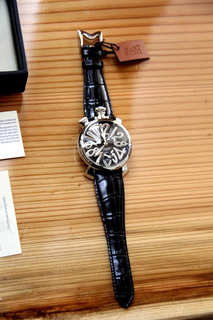 腕時計を買いました GAGA MILANO ガガ ミラノ