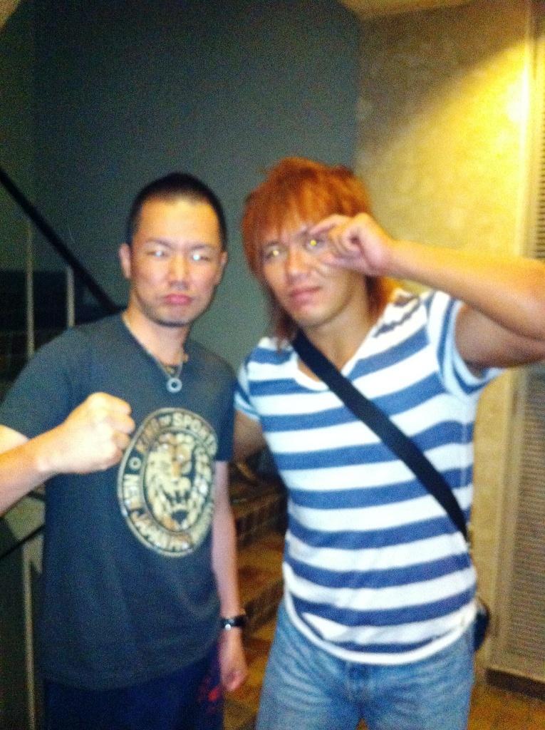 新日本プロレス高松大会後の内藤・田口選手、三澤トレーナー